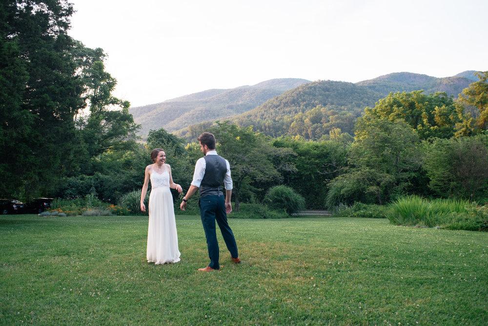 lauren-and-tim-north-carolina-wedding-meg-hill-photo- (1203 of 1087).jpg