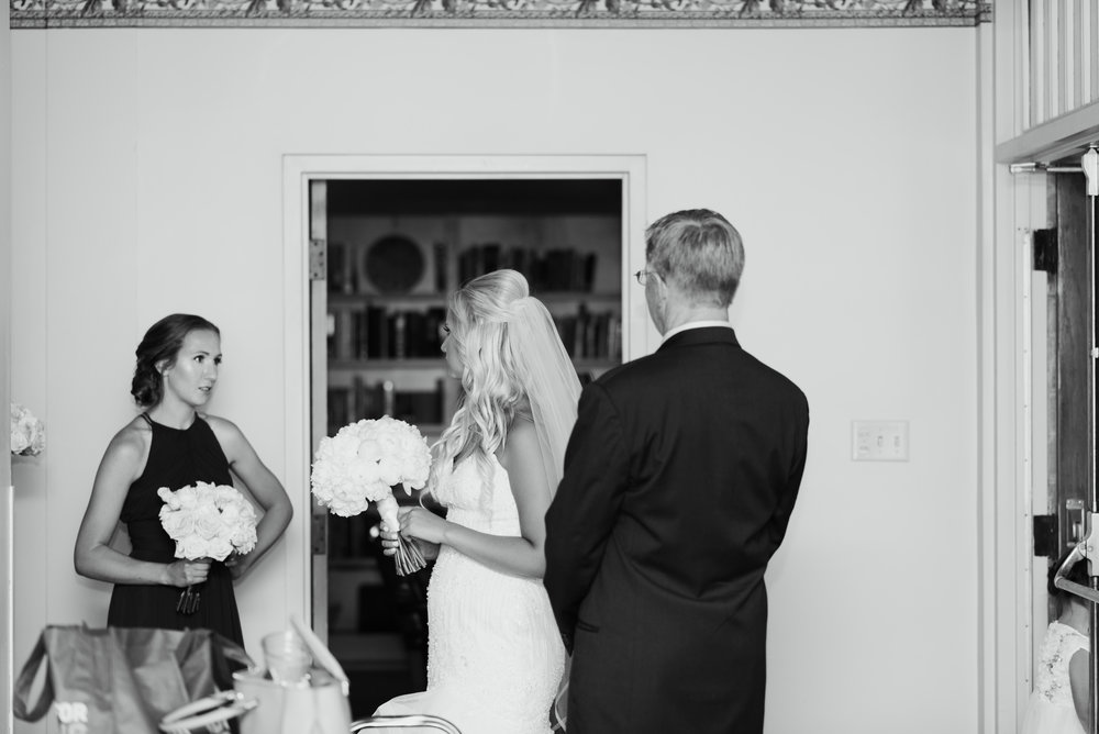 savannah-and-nick-savannah-georgia-july-wedding-meg-hill-photo- (294 of 191).jpg