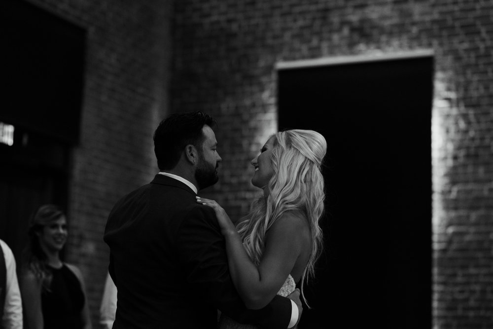 savannah-and-nick-savannah-georgia-july-wedding-meg-hill-photo- (636 of 172).jpg