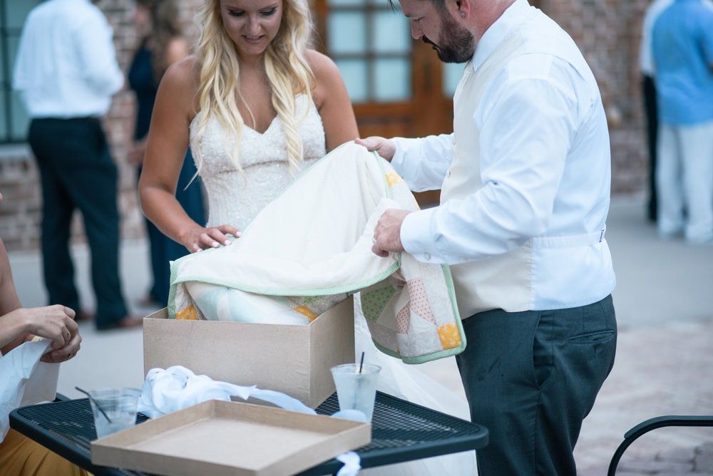 savannah-and-nick-savannah-georgia-july-wedding-meg-hill-photo- (752 of 172).jpg