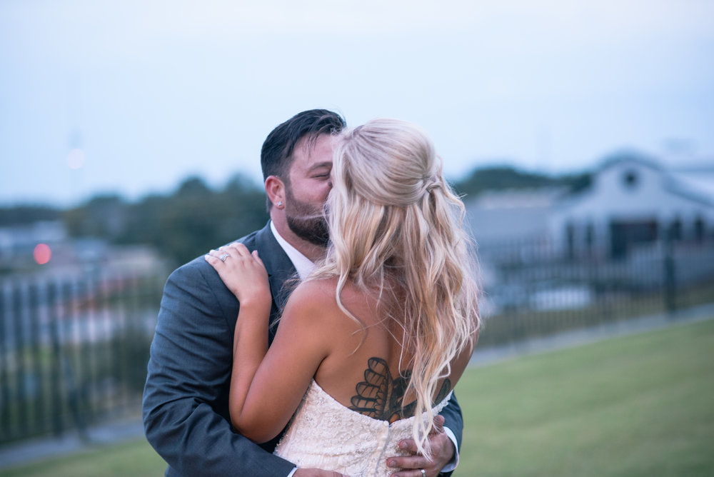 savannah-and-nick-savannah-georgia-july-wedding-meg-hill-photo- (782 of 172).jpg
