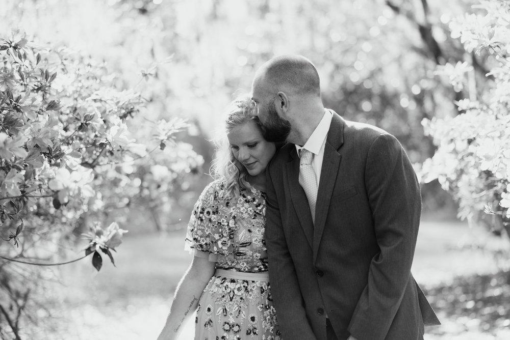 savannah-elopement-photographer-east-coast-elopement-photographer-intimate-wedding-photographer-savannah-georgia-wormsloe-elopement-photos-savannah-georgia