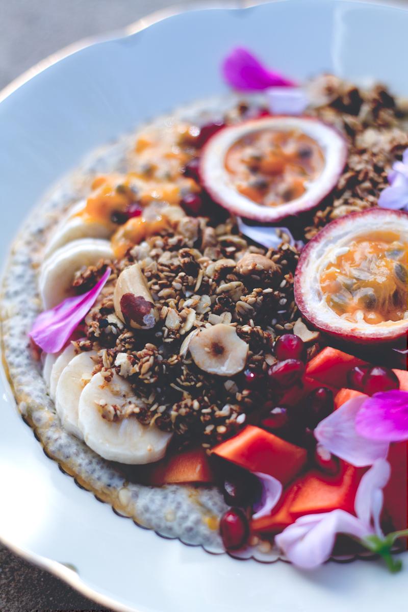 Shiso Delicious | Healthy refined sugar free 'sesame snap' granola