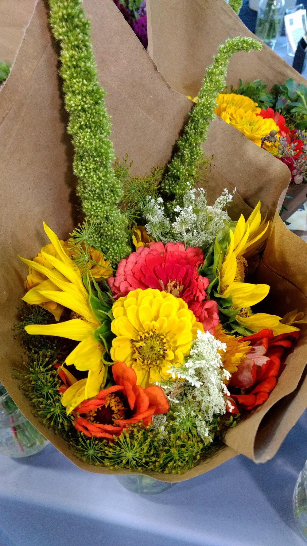 flower bouquet yellow.jpg