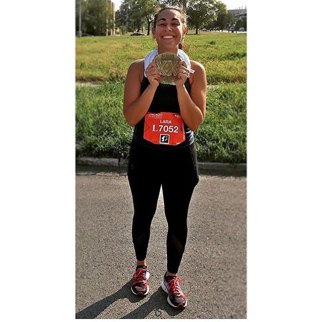 "We love helping marathon runners achieve their goals. ""Thanks to MeStrength for helping me ward off dehydration and muscle cramps during my first half marathon!"" Way to go @laratumer! You crushed it. 🏃🏼👍🏻 #chicagohalfmarathon #runchi"