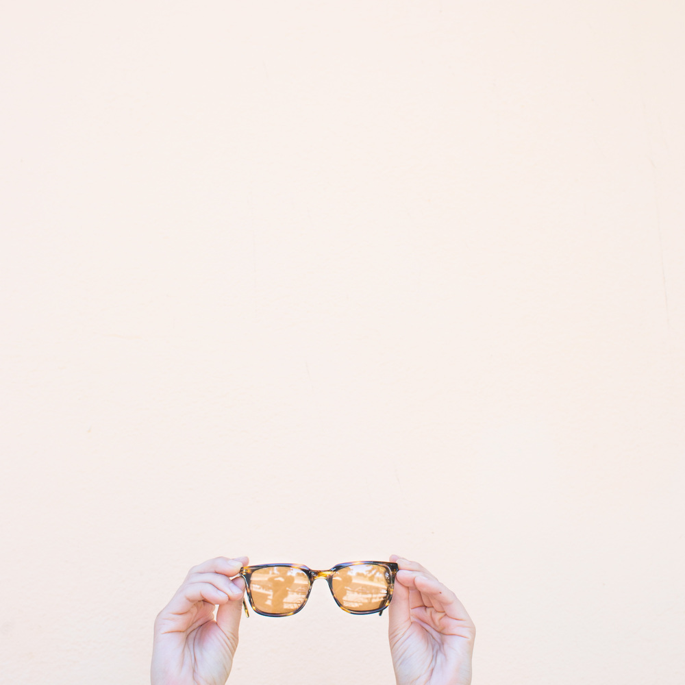 Stef_Etow_sunglasses_fashion.jpg