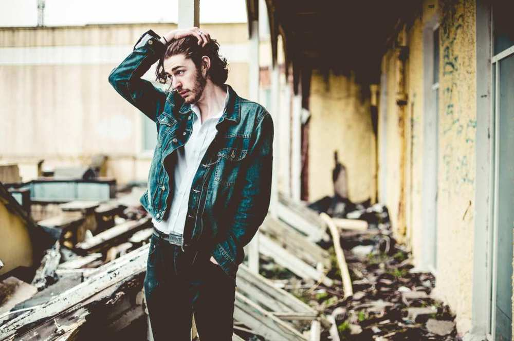 Need to Know Artist: Hozier on Established California - Image by: Dara Munnis