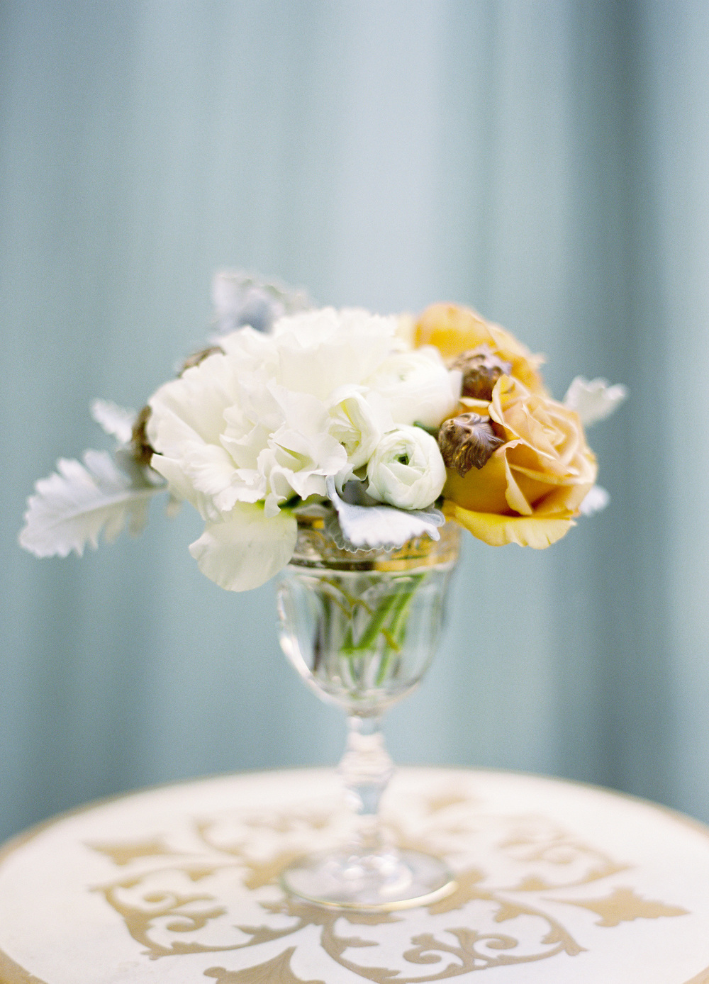 Florals:JL Designs   Photography: Jose Villa