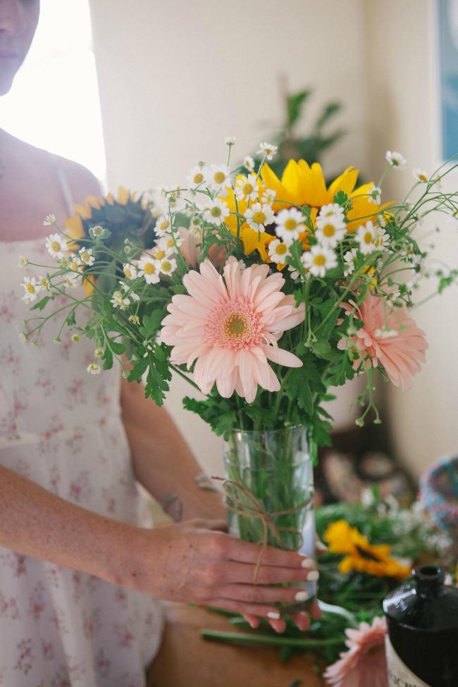 Spring FlowerBouquets    DIY on Established California