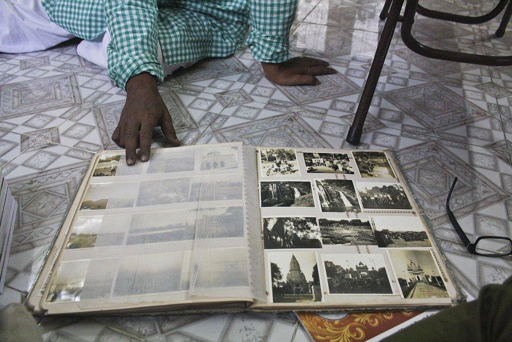 A photo album owned by Indian travel writer Saktipada Bhattacharyya.  2017 CREATIVE COMMONS PUBLIC DOMAIN.