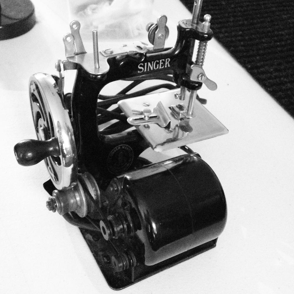 Singer Model 20 with motor