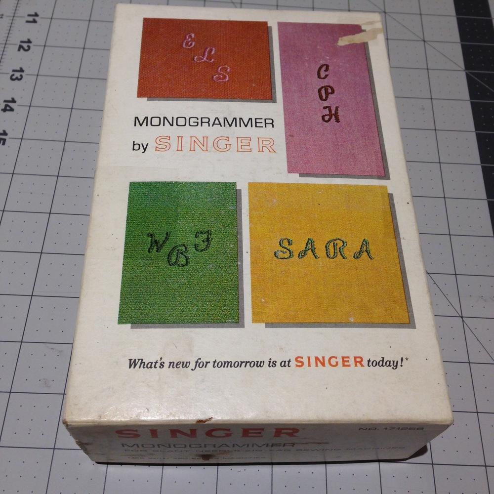 Singer-Monogrammer-000.jpg