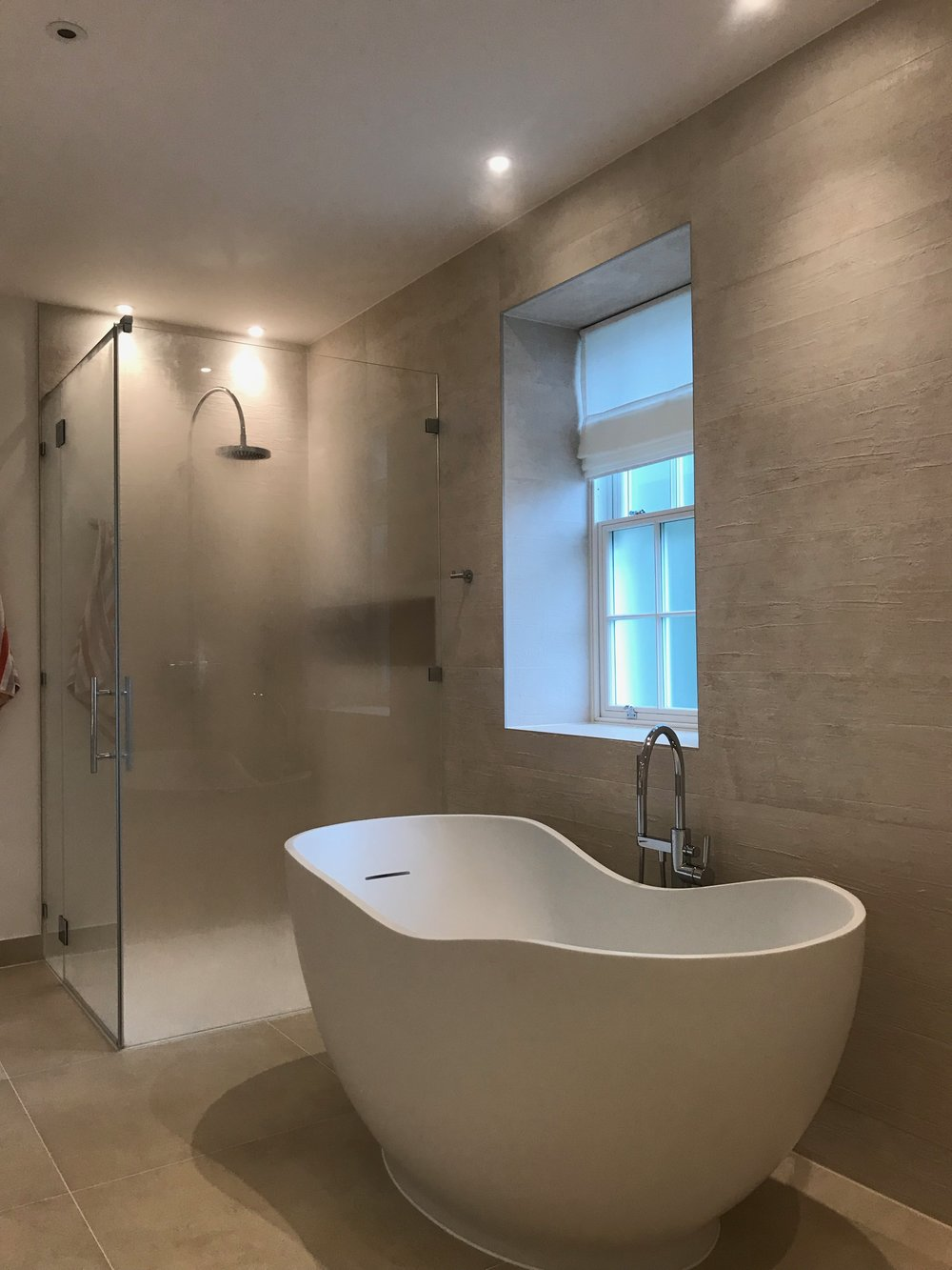 fixed shower screen.jpeg