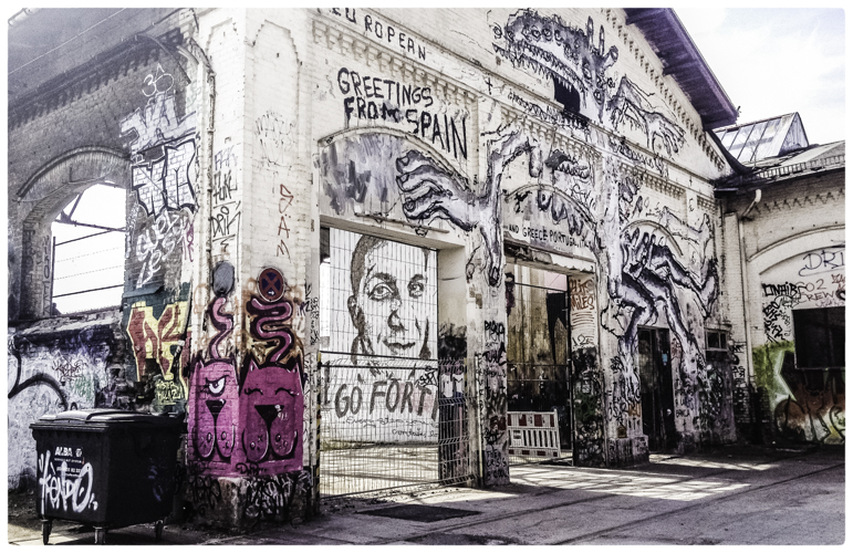 Berlin streets--2.jpg