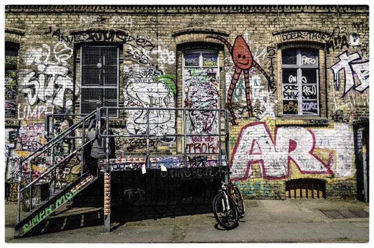 Berlin streets--5.jpg