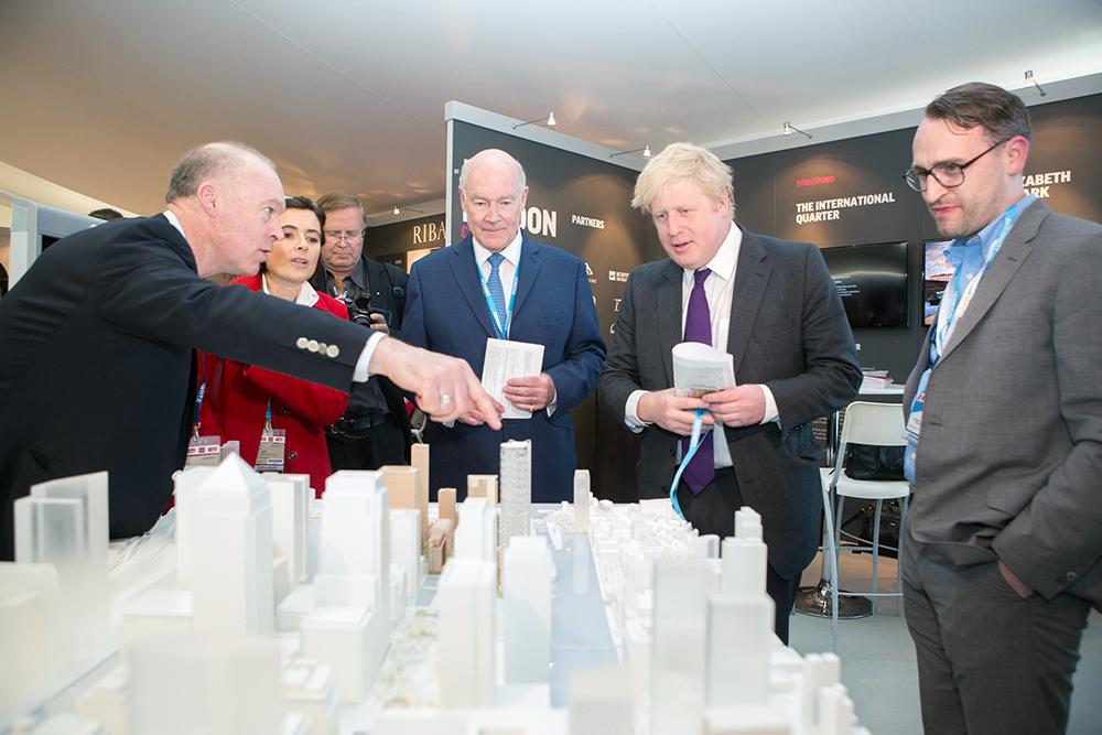 7.Boris Canary Wharf.jpg