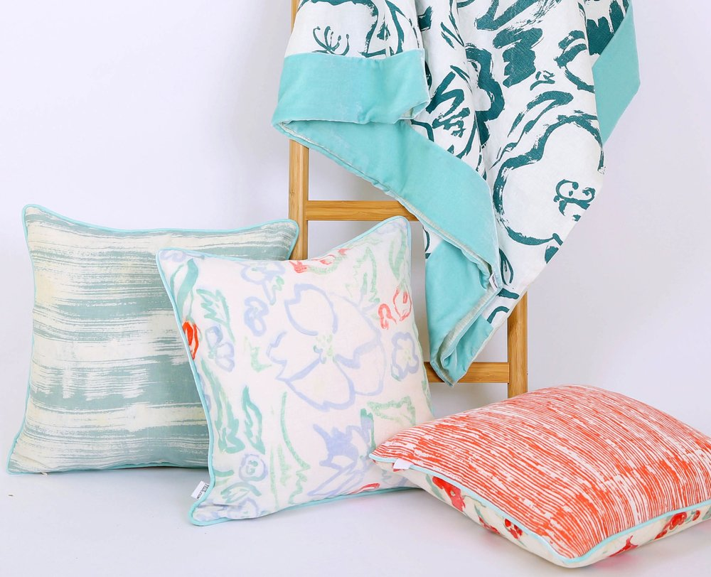 Rosehip & Poppy extra large throw, with  Stephanie, Wildflower Multi  &  Emma  cushions