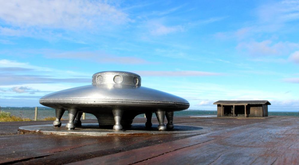 Saucer and house.jpg