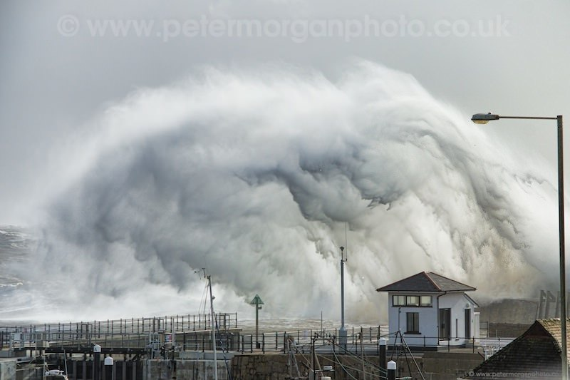 Storm Porthcawl Harbour 20140208_87.jpg