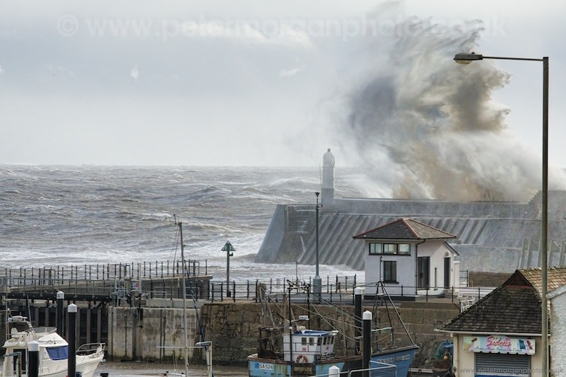 Storm Porthcawl Harbour 20140208_283.jpg