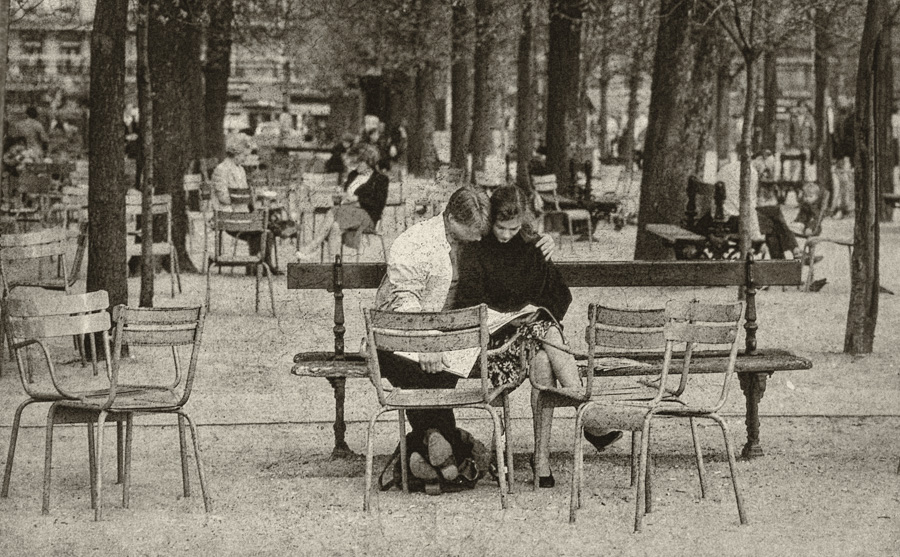 That Iconic Parisian Park, 1982