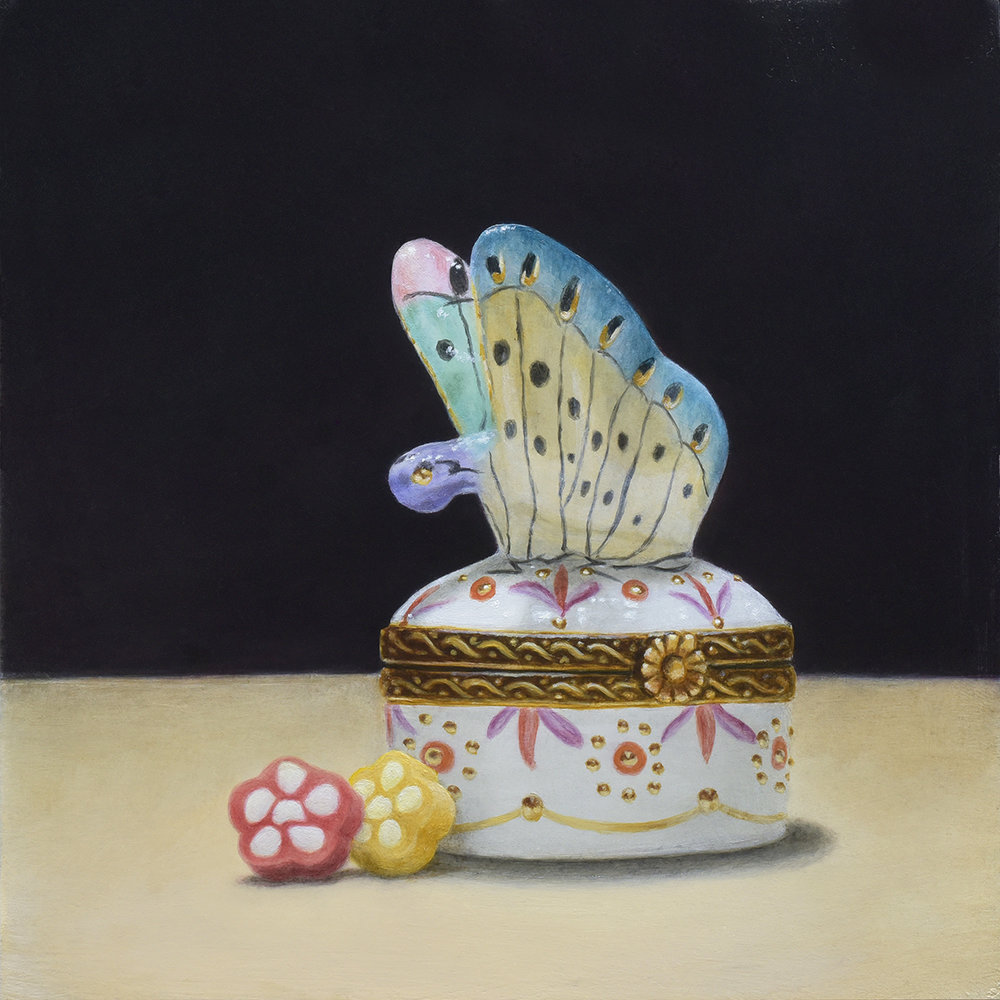 """Butterfly Porcelain Pillbox and Flower Candy"""