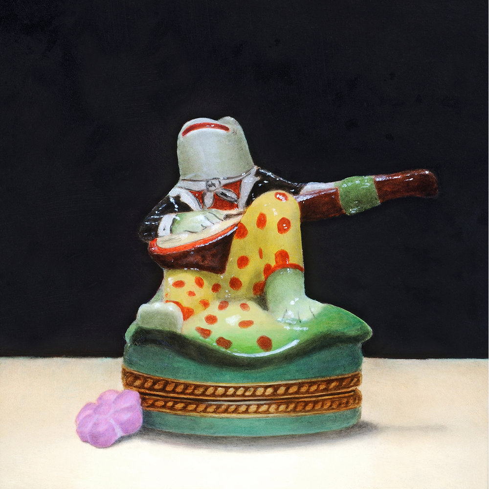 """Serenade: Porcelain Frog Pillbox and Flower Candy"""