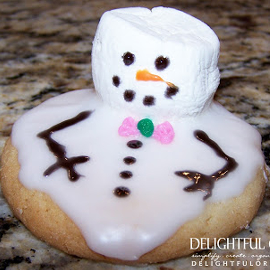 Easy Melted Snowman Cookie