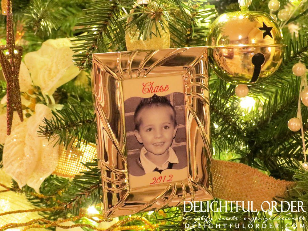 Photo Ornament / Name Tag