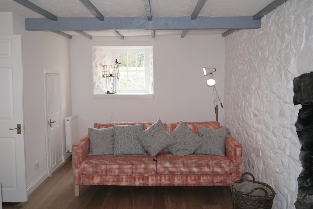 Coldingham-living3.jpg