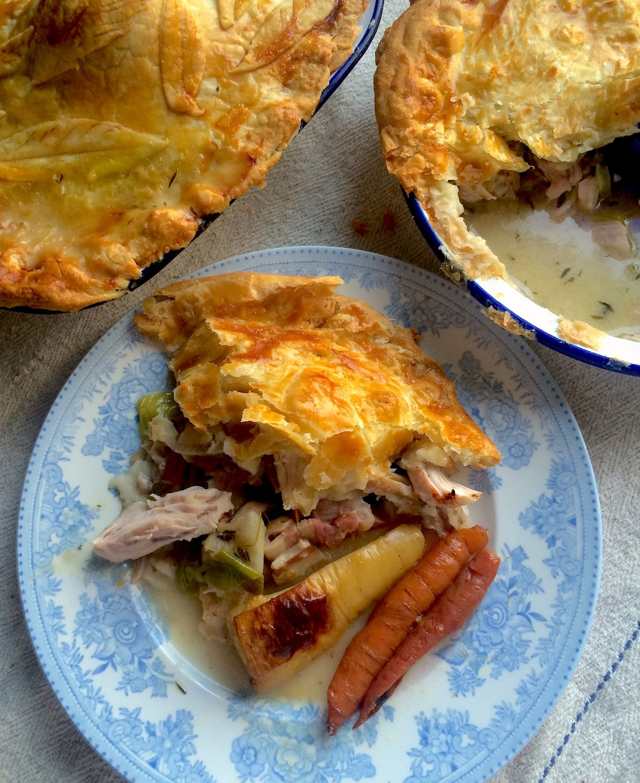 Turkey, leek and thyme pie