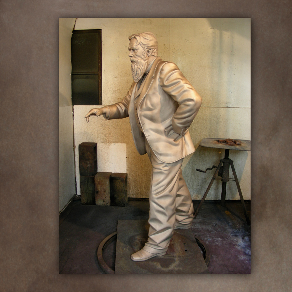 web-sculpt-uscmuy_foundry.jpg