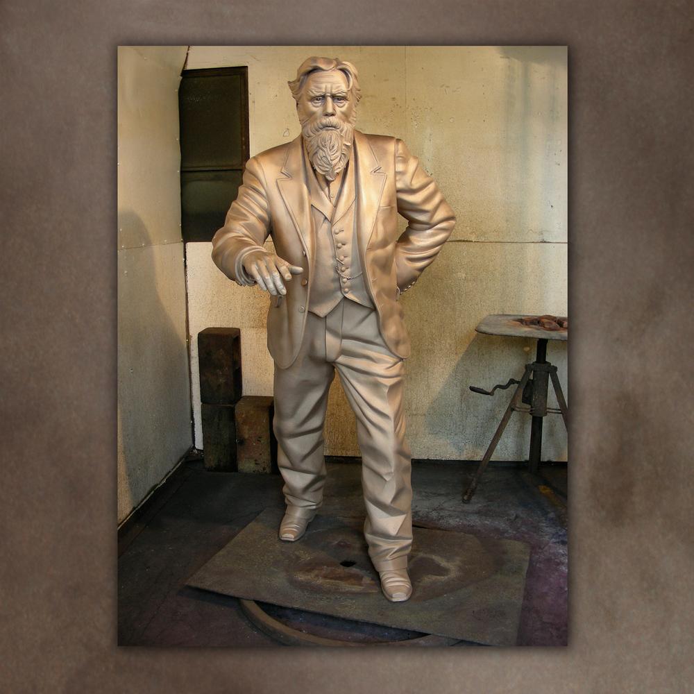 web-sculpt-uscmuy_foundry-2.jpg
