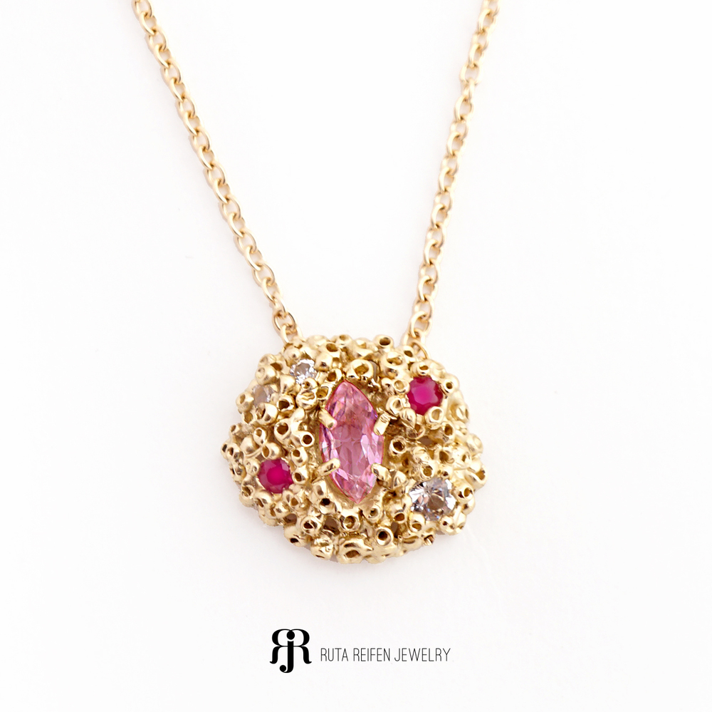 Madres pendant, 14k gold, Pink Sapphire, Rubbies, White Sapphires