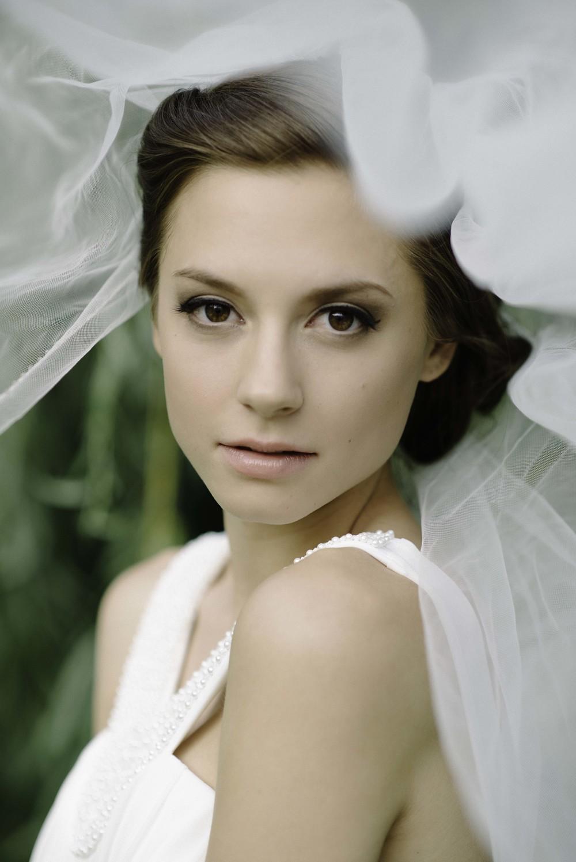 La Grange, Illinois IL clean classic luxury bridal wedding hair and makeup at La Grange Park
