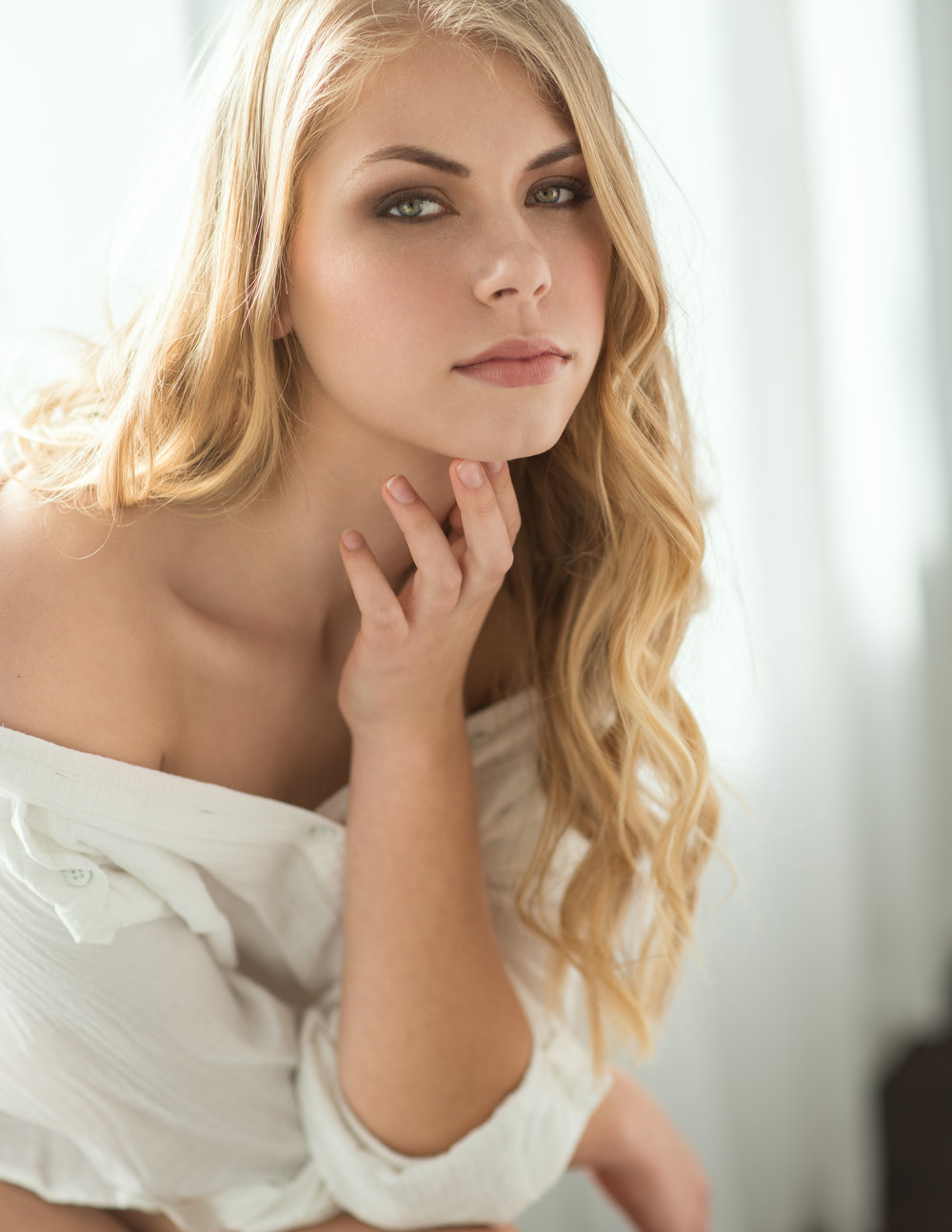 Chicago, Illinois IL clean classic luxury bridal wedding hair and makeup