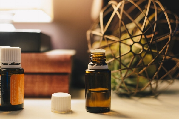 Essential Oil Itchy Scalp Remedy