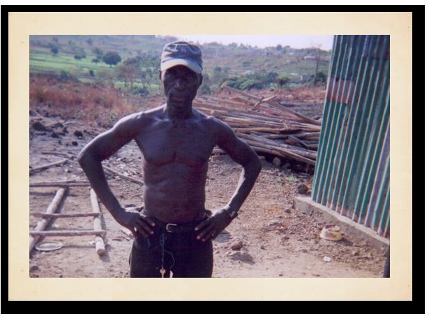 pho-horiz-school-worker.png
