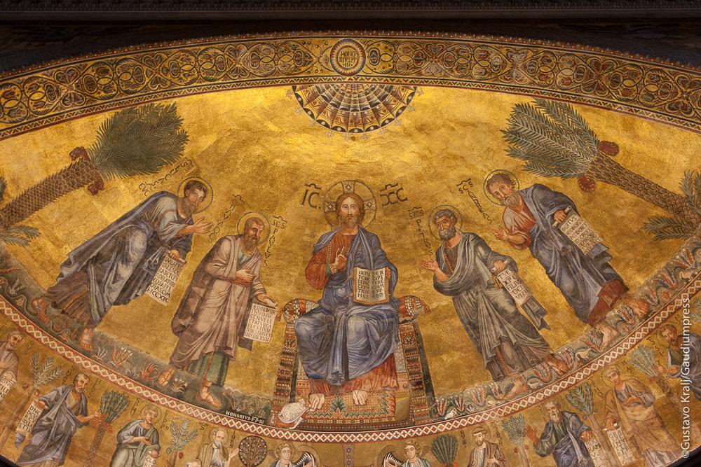 Roma: Jesus predicando. Mosaico en la Basilica Mayor de San Pablo Extramuros. Foto: Gustavo Kralj/Gaudiumpress