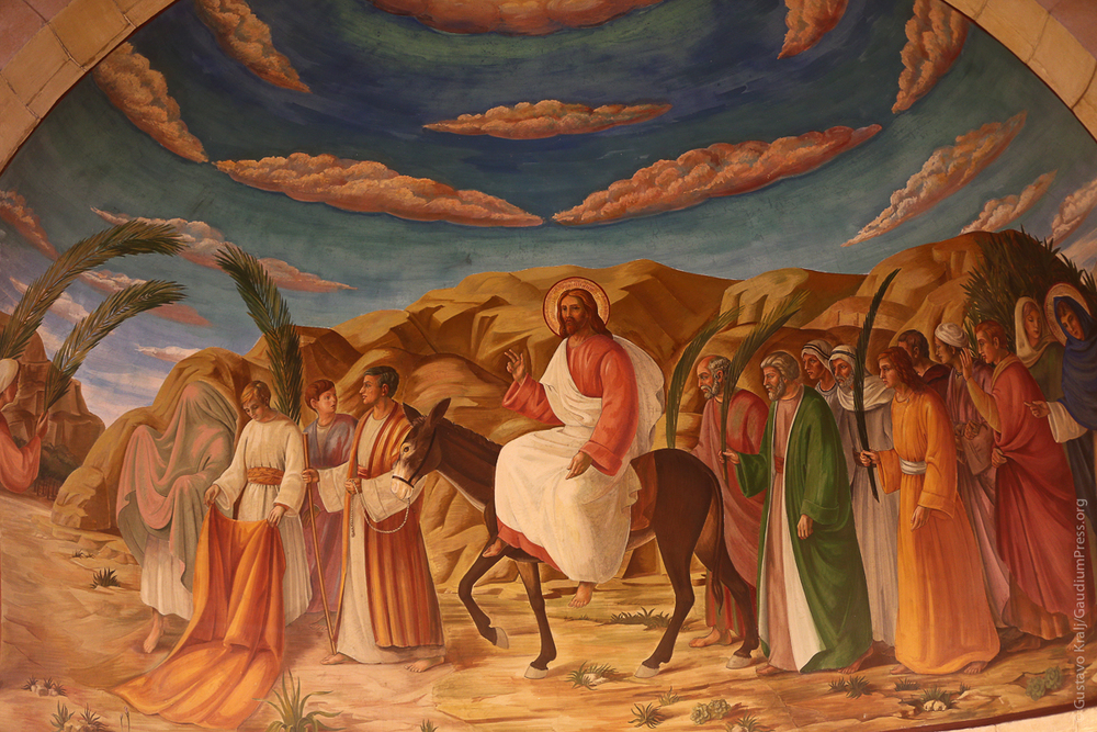 Jerusalen: Jesus entra triunfalmente en Domingo de Ramos. PIntura en la Iglesia de Bethfagé. Foto: Gustavo Kralj/Gaudiumpress