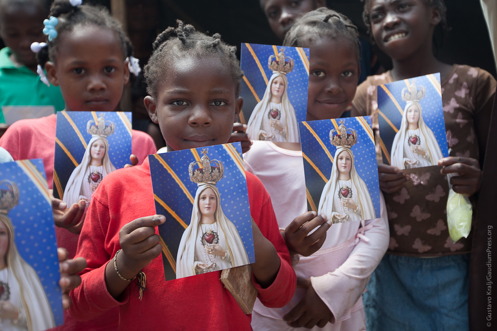 Marian Mission by heralds at Maison  Foyer de la charite founded by mons Colimo - Port-au-Prince, Haiti