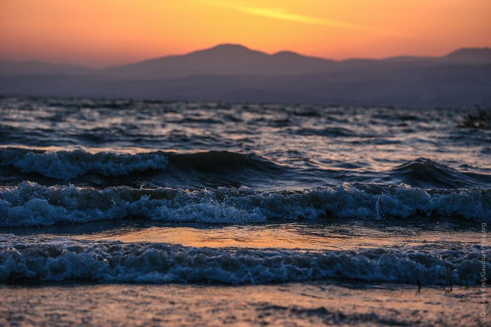 Tierra Santa: Atardecer en el Mar de Galilea. Foto: Gustavo Kralj/GaudiumpressImages.com