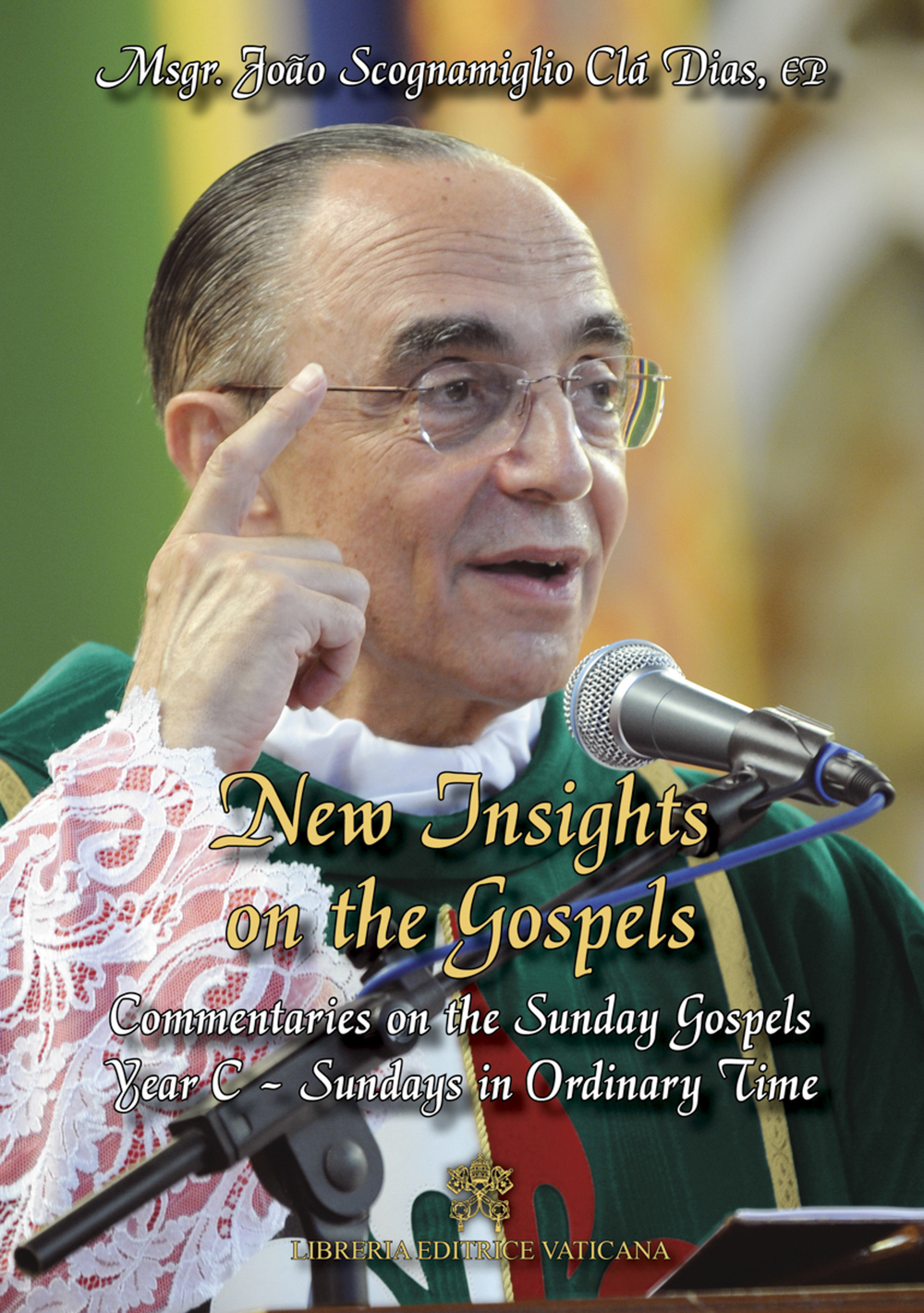 """New Insights on the Gospels - Volume 6 - Year C (2016)   $9.97 tax incl.   Volume VI: Year C (2016)– Sundays in Ordinary Time -A joint publication of Libreria Editrice Vaticana and the Heralds of the Gospel -  Available on eBook format - 450 pages - Download now!    Dr Scott Hahn , Fr. Scanlan Chair of Biblical Theology and New Evangelization at the Franciscan University of Steubenville, OH, comments: """"What a remarkable movement is the Heralds ! I spent my time this afternoon at JFK airport and my flight back to Pittsburgh reading New Insights- with great profit and excitement. I am so impressed by Msgr. Scognamiglio's profound insight into Scripture as well as the spiritual wisdom that he communicates so clearly.""""   """"New Insights on the Gospels"""" Volume VI , commentaries on the Sunday Gospels corresponding to Year C Sundays in Ordinary Time is part of a collection that enables you to accompany Our Lord Jesus Christ throughout every Sunday of the liturgical year, together with the founder of the Heralds of the Gospel.    Also available on iTunes      Also available on Googlebooks      Also available on Amazon Kindle"""