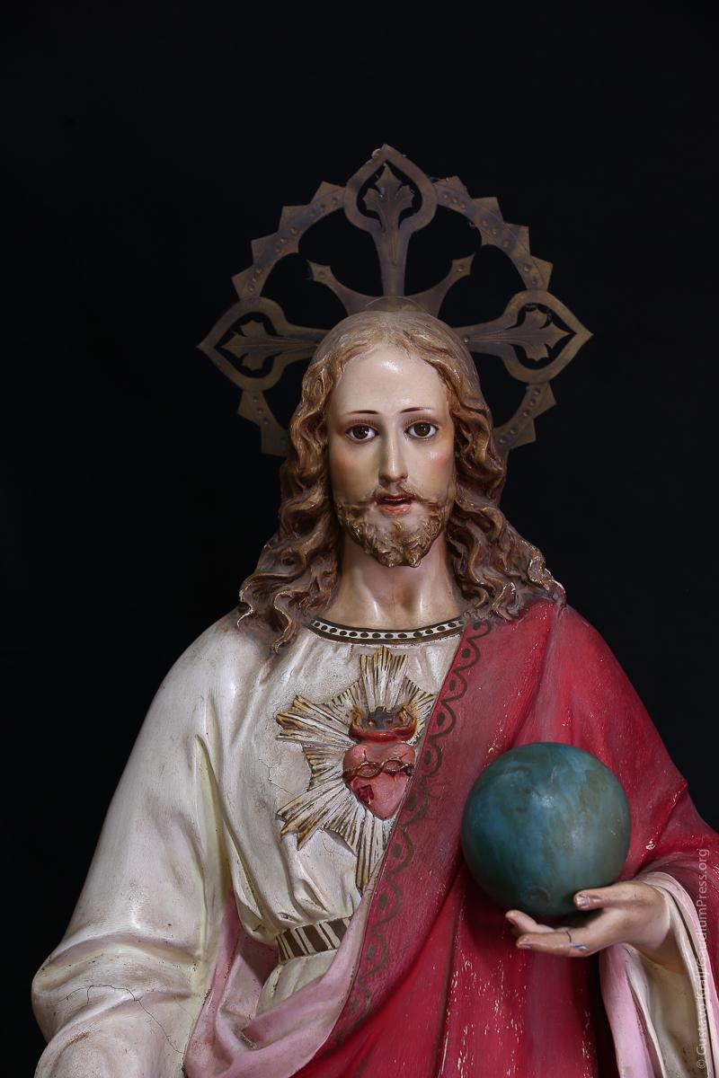 """""""¿Por qué ustedes me llaman: 'Señor, Señor', y no hacen lo que les digo?"""" Sagrado Corazón de Jesús. Goa, India. Foto: Gustavo Kralj/Gaudiumpressimages.com"""
