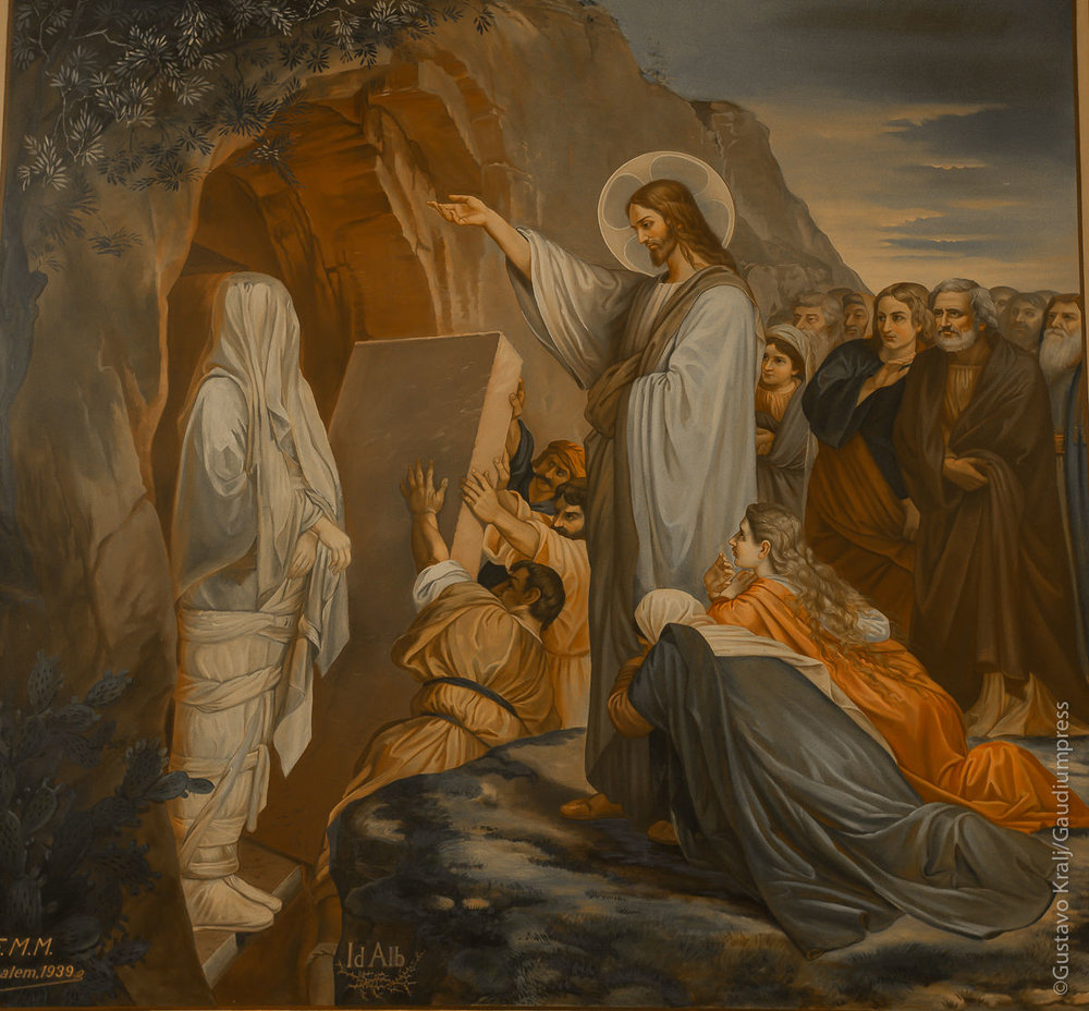 Jesús resucita a Lázaro. Pintura del convento de las Hnas de la Caridad. Betania, Tierra Santa. Foto: Gustavo Kralj/GaudiumpressImages.com