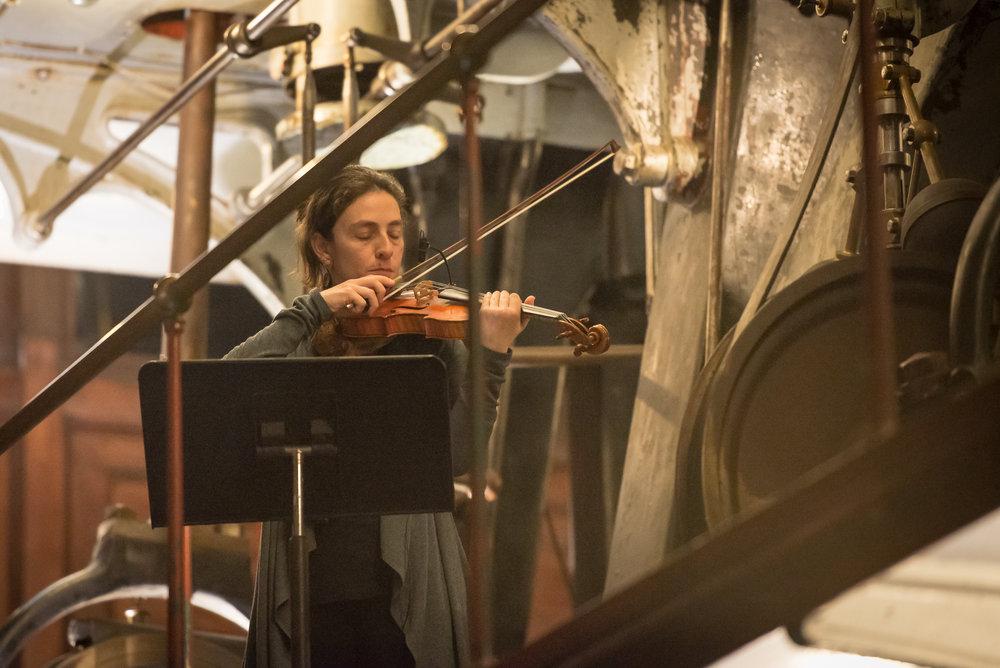 Eden MacAdam-Somer, violin/voice
