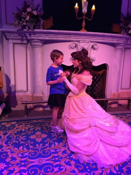 Leia meeting Belle in her castle.