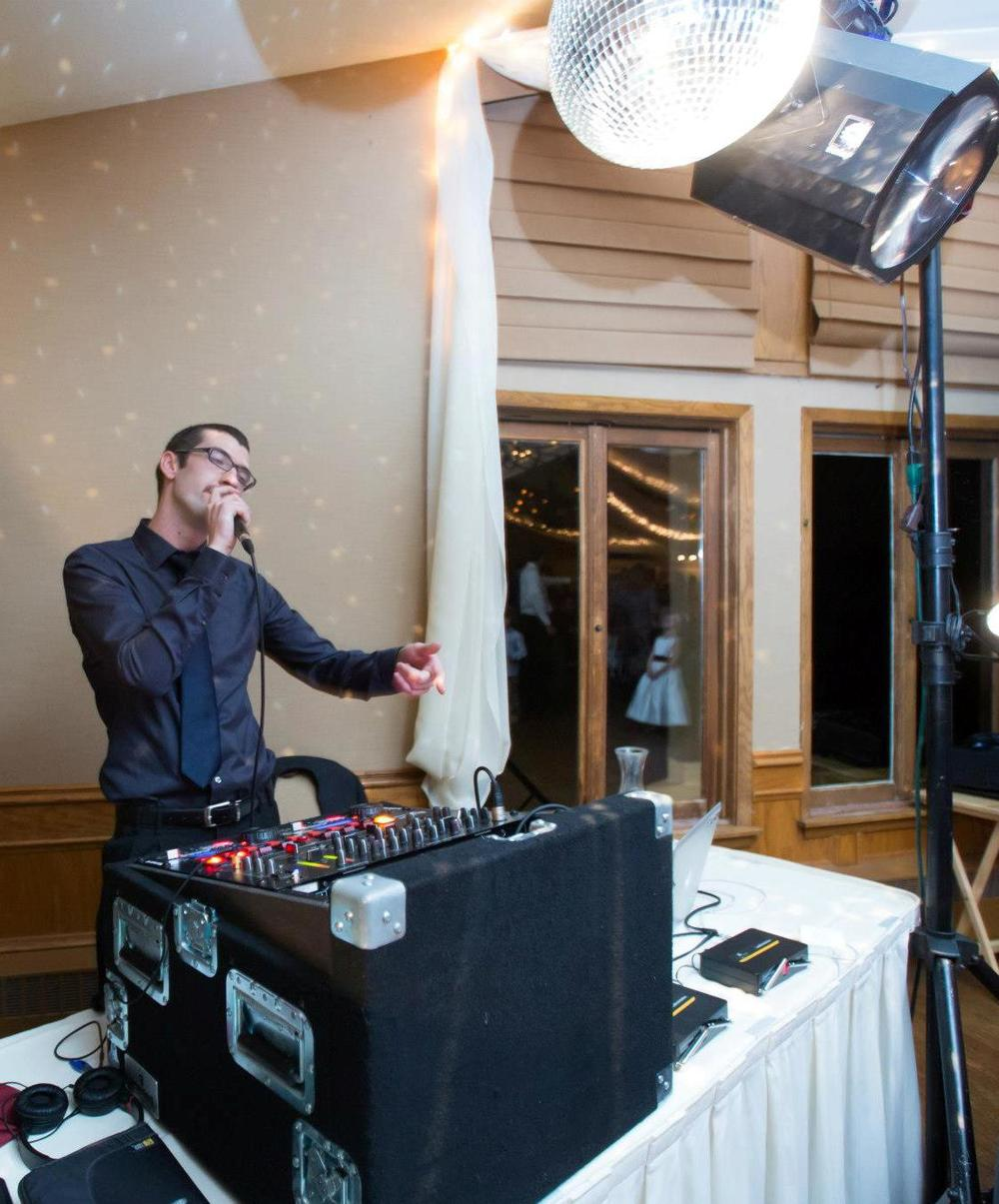weddingdjminneapolis