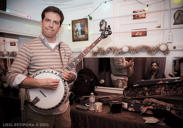 Yo, Yolanda! Charity Auction: 45 minute banjo lesson… with Ed Helms! Bidding starts at $25, auction ends December 1, 2013! 100% of proceeds go to the American Red Cross to help Typhoon Yolanda victims.