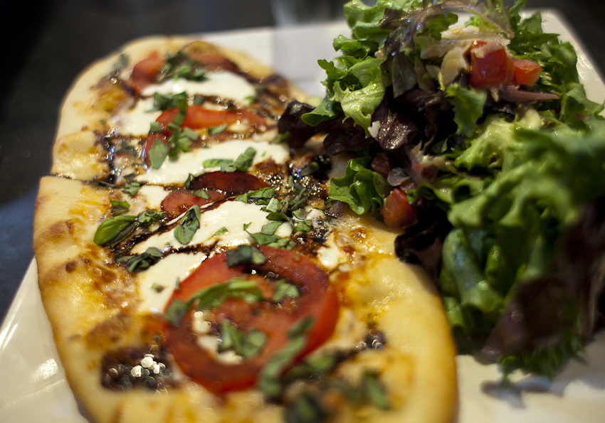 Rush Street | Culver City, CA | 05.25.11    margherita with balsamic reduction pizza